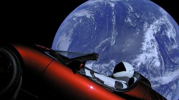 Tesla na pokładzie Falcon Heavy